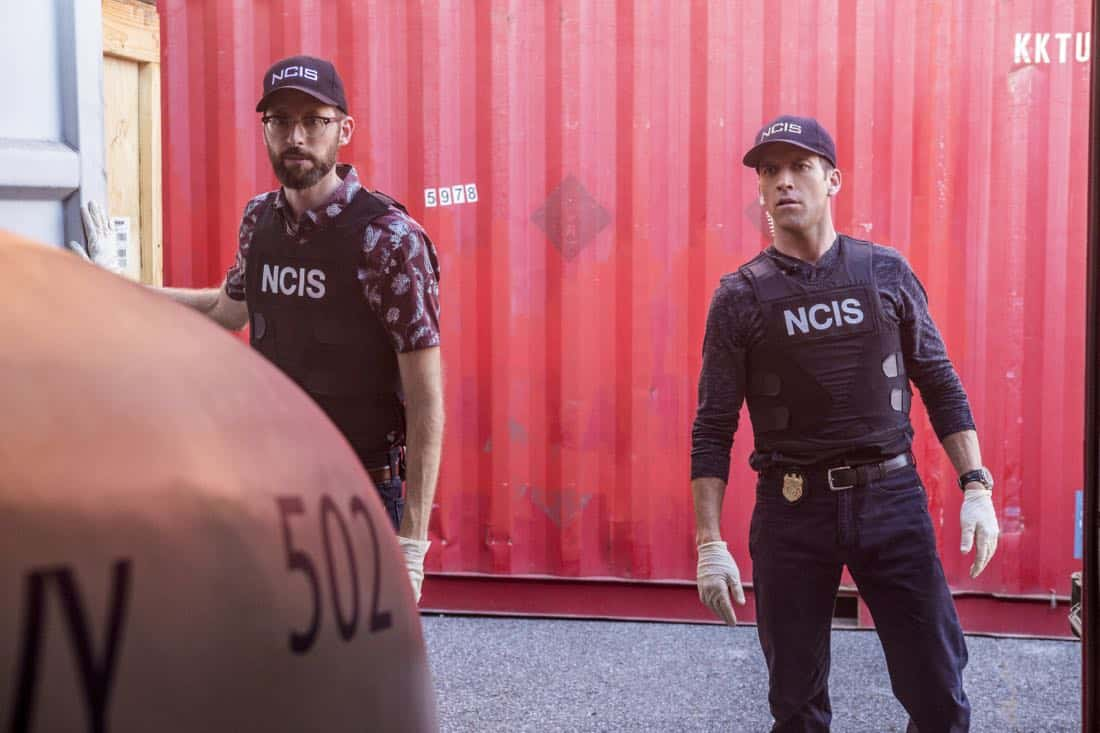 """""""Monster"""" -- After a deadly armed robbery and high-speed chase is connected to an undercover ATF operation, Percy reconnects with her former ATF partner, Jake Roman (L. Steven Taylor), on NCIS: NEW ORLEANS, Tuesday, Jan. 2 (10:00-11:00 PM, ET/PT) on the CBS Television Network. Pictured L-R: Rob Kerkovich as Forensic Scientist Sebastian Lund and Lucas Black as Special Agent Christopher LaSalle Photo: Skip Bolen/CBS ©2017 CBS Broadcasting, Inc. All Rights Reserved"""