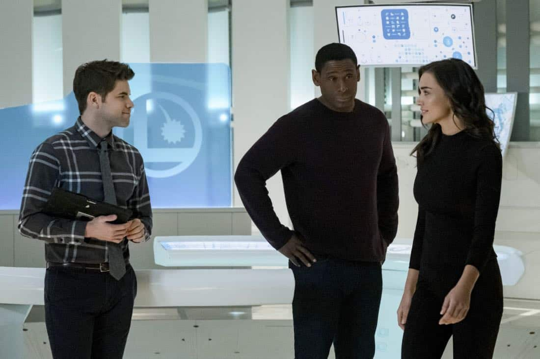 """Supergirl -- """"Both Sides Now"""" -- Image Number: SPG313a_0183.jpg -- Pictured (L-R): Jeremy Jordan as Winn, David Harewood as Hank/J'onn and Amy Jackson as Imra Ardeen/Saturn Girl -- Photo: Katie Yu/The CW -- © 2018 The CW Network, LLC. All Rights Reserved."""