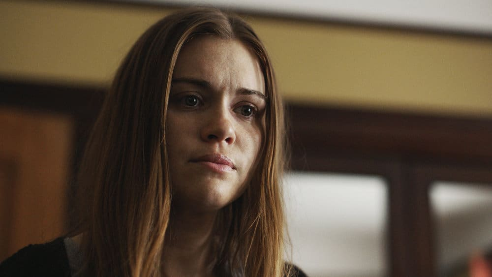 "BUTCHER'S BLOCK -- ""Insidious Onset"" Episode 301 -- Pictured: Holland Roden as Zoe Woods -- (Photo by: Syfy)"