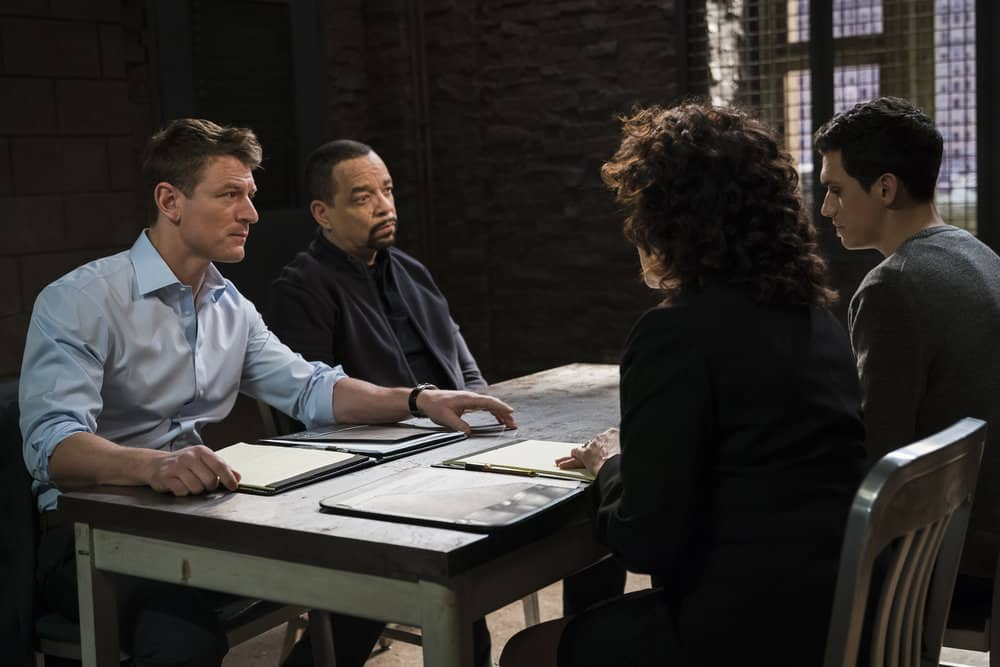 "LAW & ORDER: SPECIAL VICTIMS UNIT -- ""In Loco Parentis"" Episode 1915 -- Pictured: (l-r) Philip Winchester as Peter Stone, Ice T as Odafin ""Fin"" Tutuola, Sam Vartholomeos as Eli Hartley -- (Photo by: Michael Parmelee/NBC)"