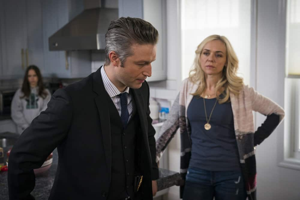 "LAW & ORDER: SPECIAL VICTIMS UNIT -- ""In Loco Parentis"" Episode 1915 -- Pictured: (l-r) Peter Scanavino as Dominick ""Sonny"" Carisi, Rachel Bay Jones as Teresa Carisi -- (Photo by: Michael Parmelee/NBC)"