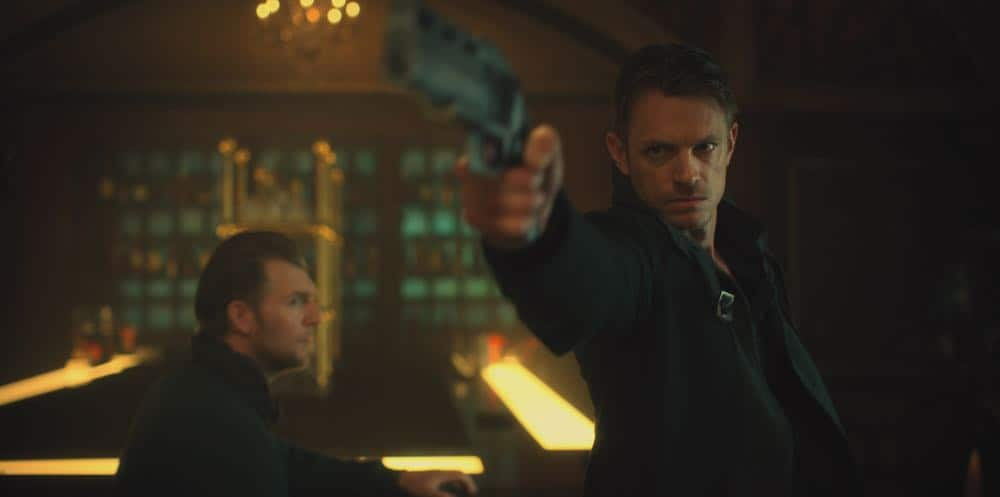 Altered-Carbon-Netflix-Joel Kinnaman