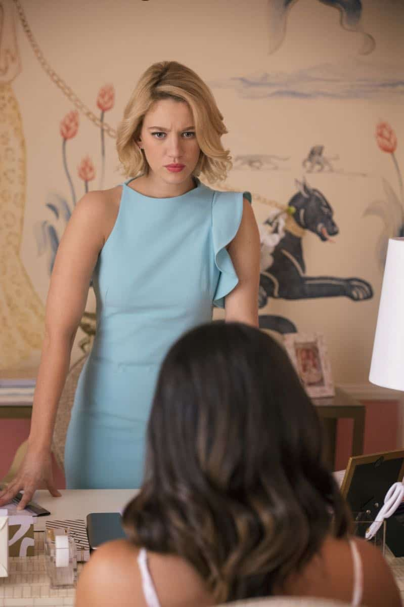"Jane The Virgin -- ""Chapter Seventy-Four"" -- Image Number: JAV410c_0060.jpg -- Pictured (L-R): Yael Grobglas as Petra and Gina Rodriguez as Jane -- Photo: Lisa Rose/The CW -- © 2018 The CW Network, LLC. All Rights Reserved."
