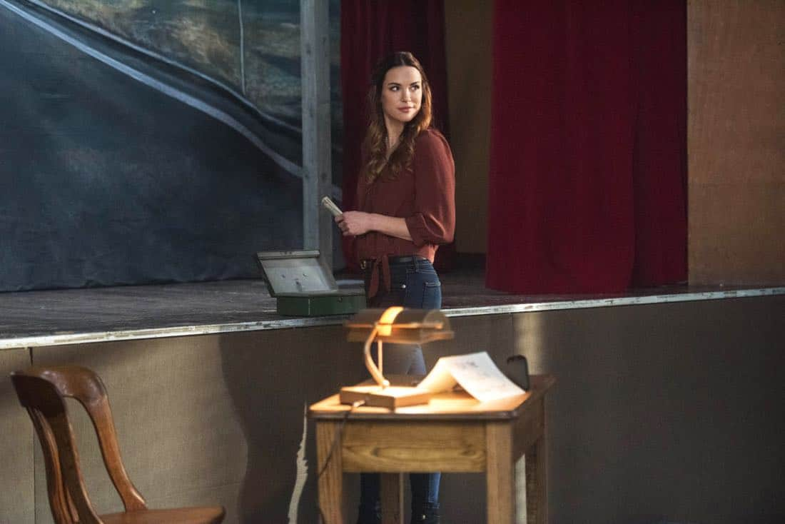 """Supernatural -- """"Devil's Bargain"""" -- Image Number: SN1313b_0023b.jpg -- Pictured: Danneel Ackles as Jo -- Photo: Dean Buscher/The CW -- © 2018 The CW Network, LLC All Rights Reserved"""