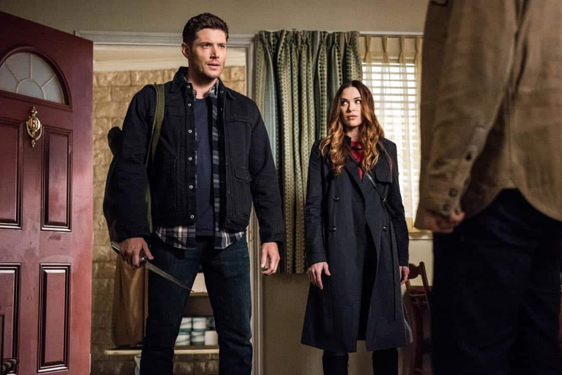 """Supernatural -- """"Devil's Bargain"""" -- Image Number: SN1313a_0011b.jpg -- Pictured (L-R): Jensen Ackles as Dean and Danneel Ackles as Jo -- Photo: Dean Buscher/The CW -- © 2018 The CW Network, LLC All Rights Reserved"""