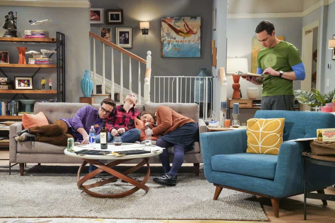 ÒThe Neonatal NomenclatureÓ Ð Pictured: Leonard Hofstadter (Johnny Galecki), Penny (Kaley Cuoco), Amy Farrah Fowler (Mayim Bialik) and Sheldon Cooper (Jim Parsons). When Bernadette wonÕt go into labor, all her friends try different tactics to get things started. Also, Wolowitz confronts Bernadette after Amy accidentally reveals sheÕs already chosen their sonÕs name, on THE BIG BANG THEORY, Thursday, March 1 (8:00-8:31 PM, ET/PT), on the CBS Television Network. Photo: Bill Inoshita/CBS ©2018 CBS Broadcasting, Inc. All Rights Reserved.