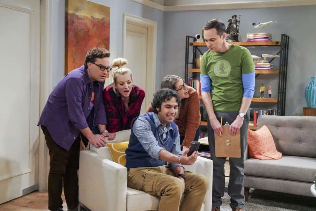 ÒThe Neonatal NomenclatureÓ Ð Pictured: Leonard Hofstadter (Johnny Galecki), Penny (Kaley Cuoco), Rajesh Koothrappali (Kunal Nayyar), Amy Farrah Fowler (Mayim Bialik) and Sheldon Cooper (Jim Parsons). When Bernadette wonÕt go into labor, all her friends try different tactics to get things started. Also, Wolowitz confronts Bernadette after Amy accidentally reveals sheÕs already chosen their sonÕs name, on THE BIG BANG THEORY, Thursday, March 1 (8:00-8:31 PM, ET/PT), on the CBS Television Network. Photo: Bill Inoshita/CBS ©2018 CBS Broadcasting, Inc. All Rights Reserved.