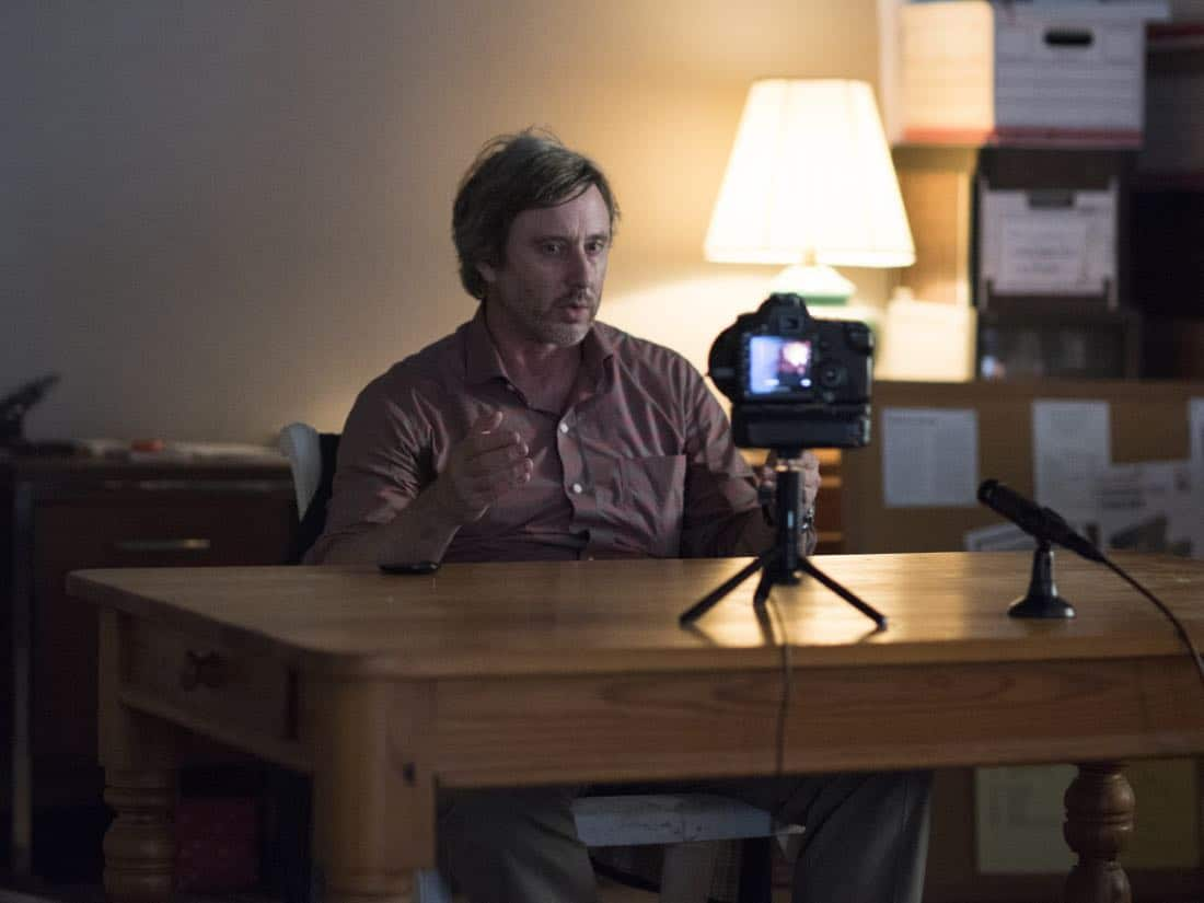 "Jake Weber as Brett O'Keefe in HOMELAND (Season 7, Episode 01, ""Enemy of the State"") - Photo: Antony Platt/SHOWTIME  - Photo: HOMELAND_701_5835.R.jpg"