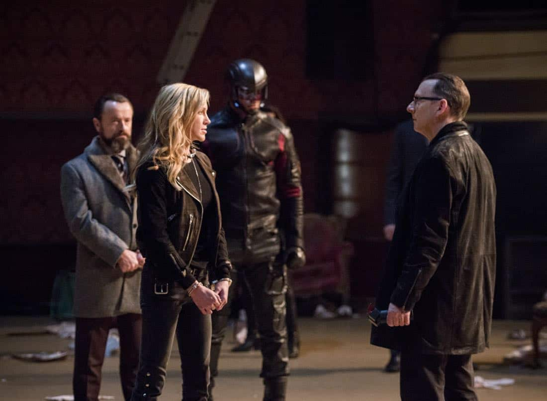 "Arrow -- ""The Devil's Greatest Trick"" -- Image Number: AR613a_0024.jpg -- Pictured (L-R): Katie Cassidy as Laurel/Black Siren and Michael Emerson as Cayden James -- Photo: Diyah Pera/The CW -- © 2018 The CW Network, LLC. All Rights reserved."
