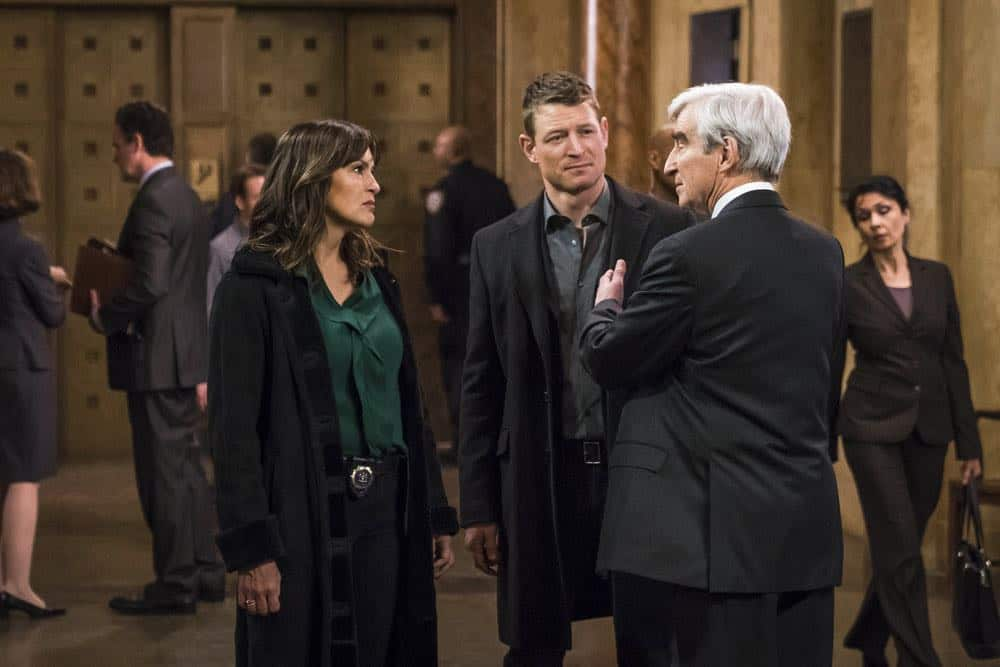 """LAW & ORDER: SPECIAL VICTIMS UNIT -- """"The Undiscovered Country"""" Episode 1913 -- Pictured: (l-r) Mariska Hargitay as Lieutenant Olivia Benson, Philip Winchester as Peter Stone, Sam Waterston as DA Jack McCoy -- (Photo by: Michael Parmelee/NBC)"""