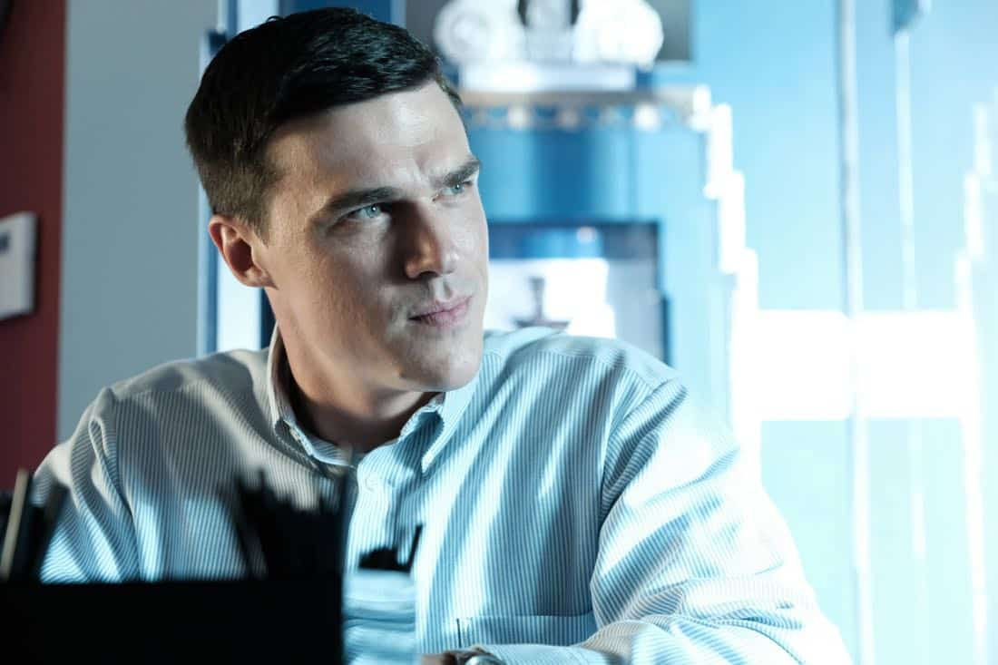 "THE ASSASSINATION OF GIANNI VERSACE: AMERICAN CRIME STORY ""Don't Ask Don't Tell"" Episode 5 (Airs Wednesday, February 14, 10:00 p.m. e/p) -- Pictured: Finn Wittrock as Jeffrey Trail. CR: Ray Mickshaw/FX"