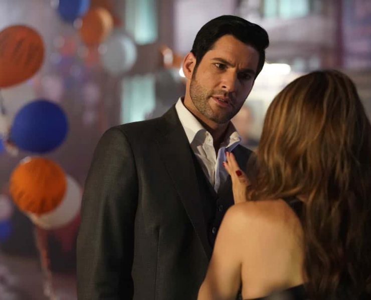 "LUCIFER: Tom Ellis in the ""High School Poppycock"" episode of LUCIFER airing Monday, Feb. 26 (8:00-9:00 PM ET/PT) on FOX. CR: Erik Voake/FOX"