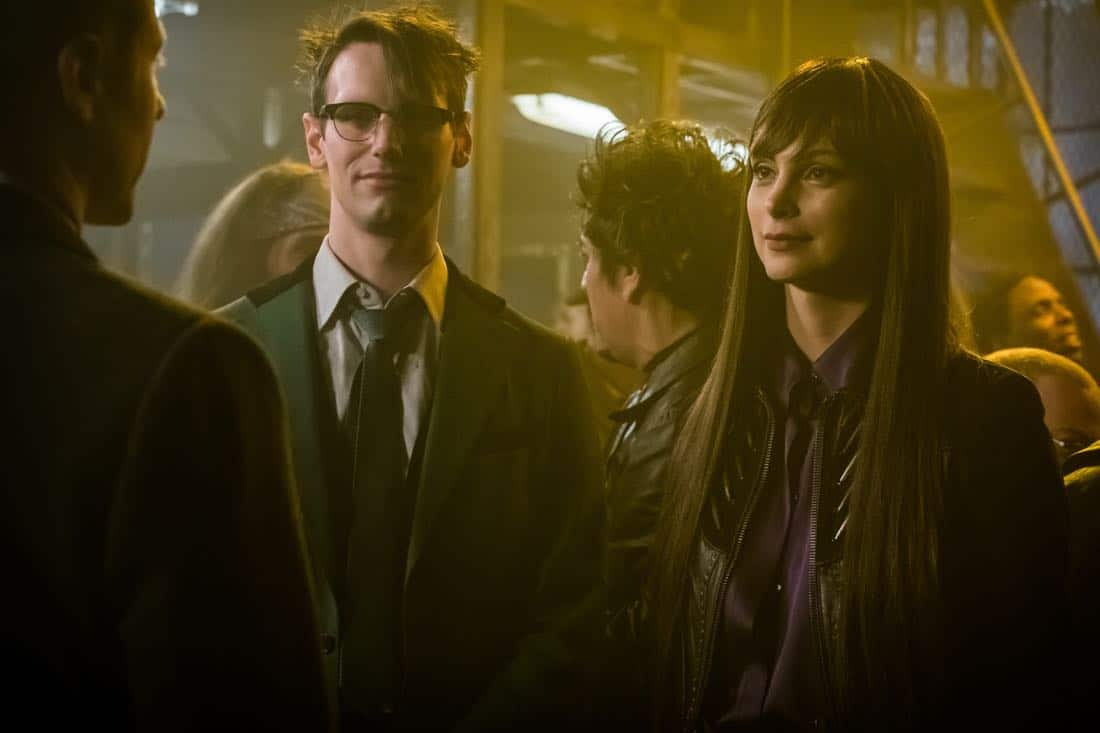 "GOTHAM: L-R: Cory Michael Smith and Morena Baccarin in the ""Pieces Of A Broken Mirror"" spring premiere episode of GOTHAM airing Thursday, Mar. 1 (8:00-9:00 PM ET/PT) on FOX. ©2018 Fox Broadcasting Co. Cr: Jeff Neumann/FOX"