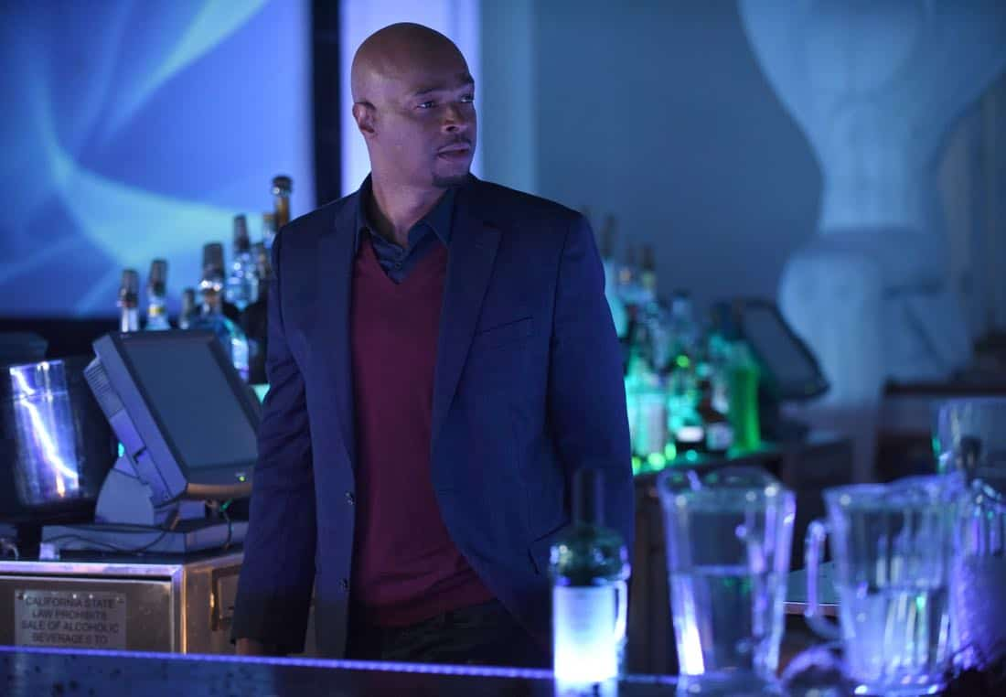 """LETHAL WEAPON: Damon Wayans in the """"Ruthless"""" episode of LETHAL WEAPON airing Tuesday, Feb. 27 (8:00-9:00 PM ET/PT) on FOX. ©2018 Fox Broadcasting Co. CR: Ray Mickshaw/FOX"""