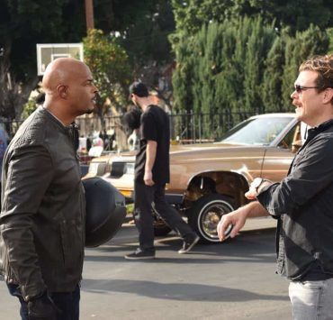 """LETHAL WEAPON: Pictured L-R: Damon Wayans and Clayne Crawford in the """"Ruthless"""" episode of LETHAL WEAPON airing Tuesday, Feb. 27 (8:00-9:00 PM ET/PT) on FOX. ©2018 Fox Broadcasting Co. CR: Ray Mickshaw/FOX"""