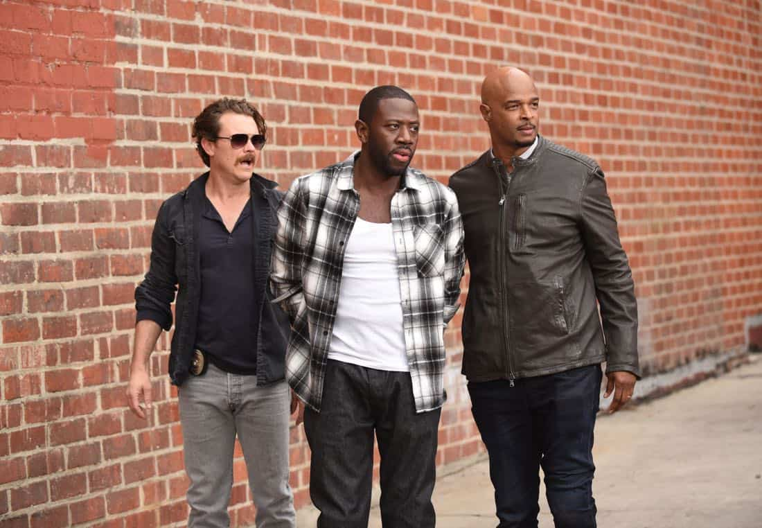 """LETHAL WEAPON: Pictured L-R: Clayne Crawford, guest star Sheaun McKinney and Damon Wayans in the """"Ruthless"""" episode of LETHAL WEAPON airing Tuesday, Feb. 27 (8:00-9:00 PM ET/PT) on FOX. ©2018 Fox Broadcasting Co. CR: Ray Mickshaw/FOX"""