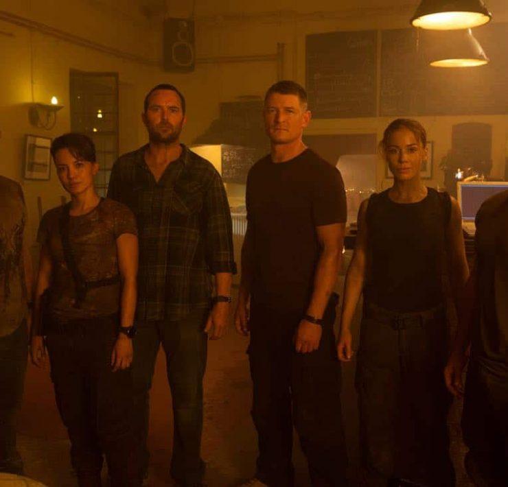 Strike-Back-Season-5-Daniel-MacPherson-Alin-Sumarwata-Sullivan-Stapleton-Philip-Winchester-Roxanne-McKee-Warren-Brown-credit-Liam-Daniel-Cinemax