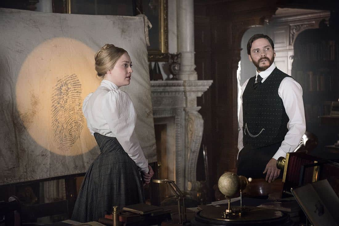 The Alienist Episode 5 Season 1 Hildebrandts Starling 08