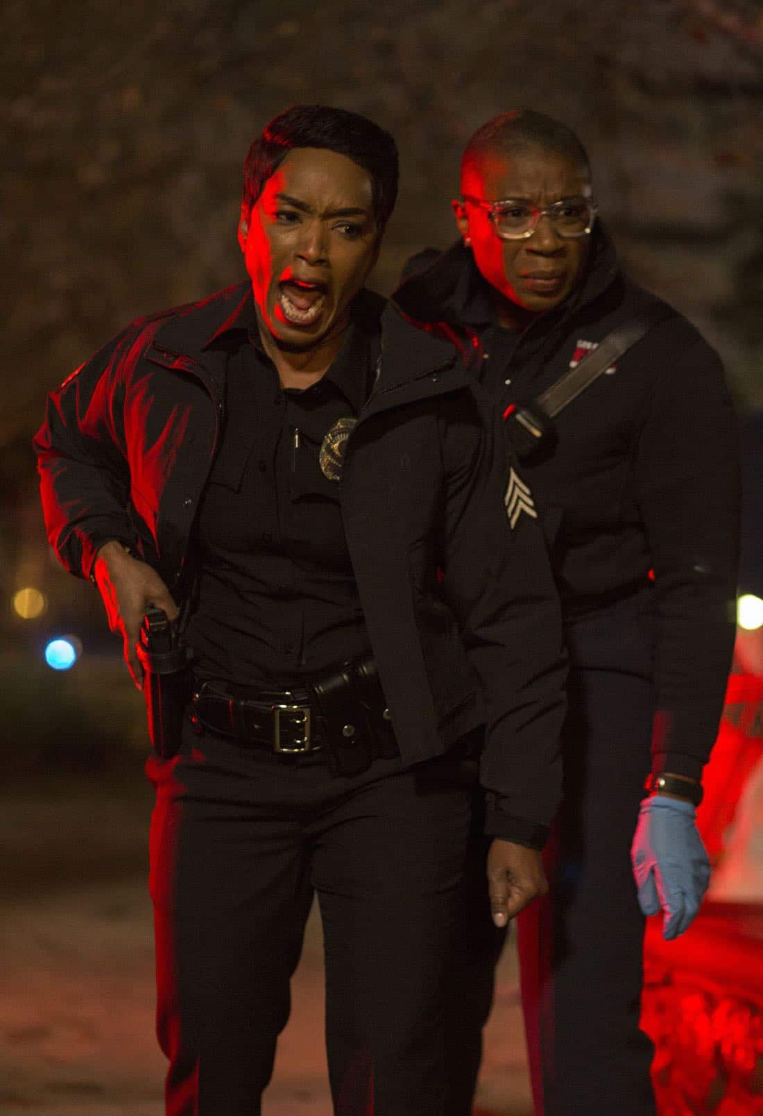 "9-1-1: L-R: Angela Bassett and Aisha Hinds in the ""Full Moon (Creepy AF)"" episode of 9-1-1 airing Wednesday, Feb. 28 (9:00-10:00 PM ET/PT) on FOX. CR: FOX. © 2018 FOX Broadcasting."
