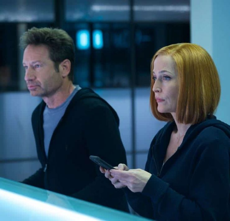"THE X-FILES: L-R: David Duchovny and Gillian Anderson in the ""Rm9sbG93ZXJz"" episode of THE X-FILES airing Wednesday, Feb. 28 (8:00-9:00 PM ET/PT) on FOX. ©2018 Fox Broadcasting Co. Cr: Shane Harvey/FOX"