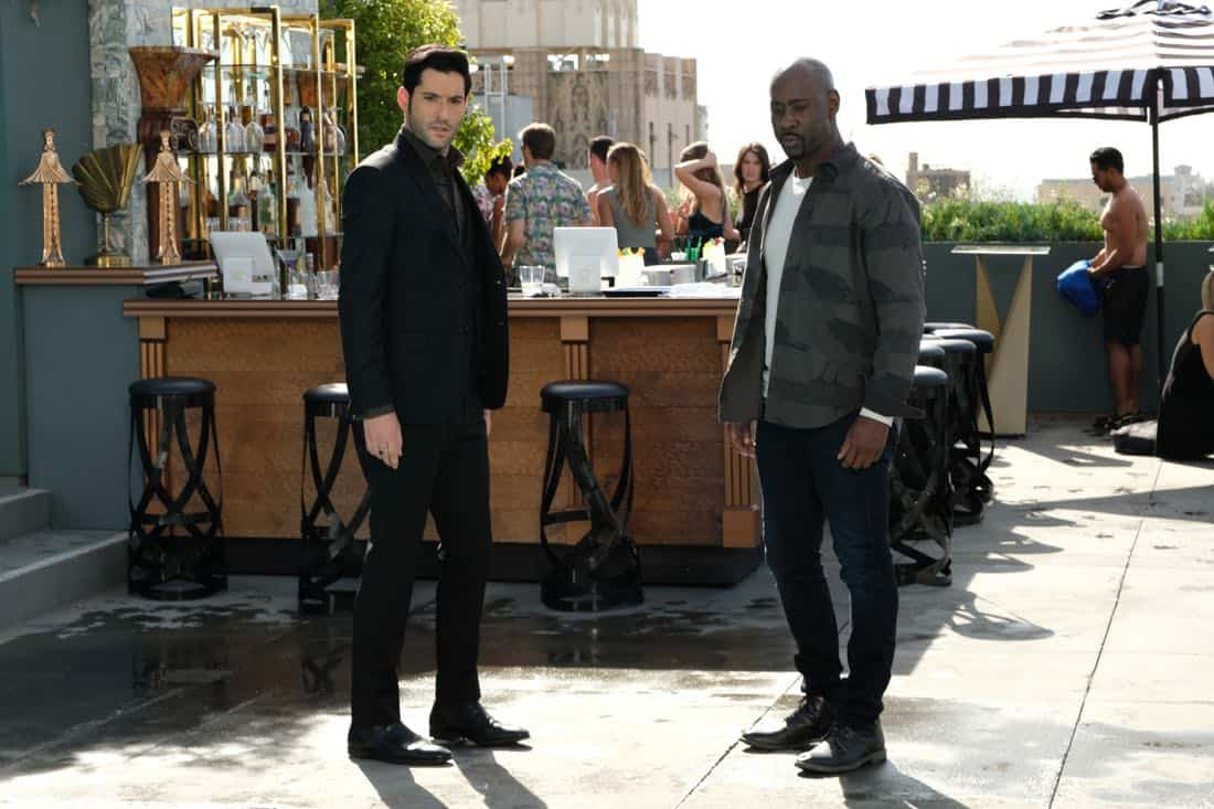 "LUCIFER: L-R: Tom Ellis and DB Woodside in the""Infernal Guinea Pig"" episode of LUCIFER airing Monday, March 5 (8:00-9:00 PM ET/PT) on FOX. CR: Ray Mickshaw/FOX"