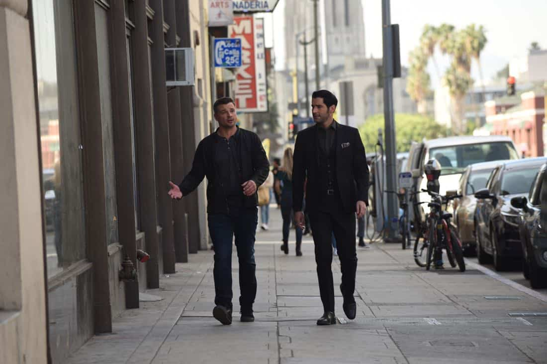 "LUCIFER: L-R: Tom Welling and Tom Ellis in the""Infernal Guinea Pig"" episode of LUCIFER airing Monday, March 5 (8:00-9:00 PM ET/PT) on FOX. CR: Ray Mickshaw/FOX"