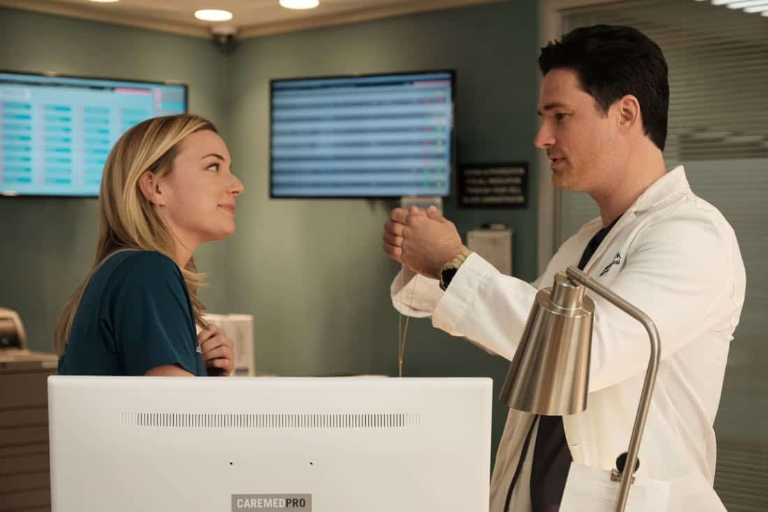 "THE RESIDENT:  L-R:  Emily VanCamp and guest star Warren Christie in the ""No Matter The Cost"" episode of THE RESIDENT airing Monday, March 5 (9:00-10:00 PM ET/PT) on FOX.  ©2018 Fox Broadcasting Co.  Cr:  Guy D'Alema/FOX"