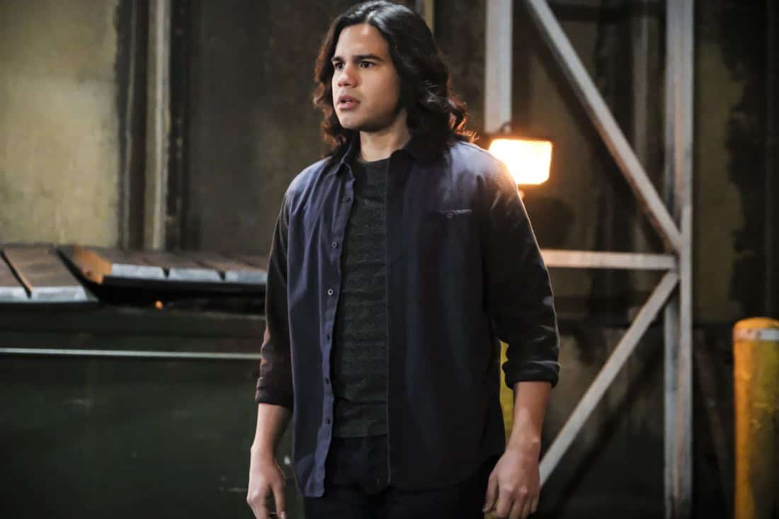"""The Flash -- """"Subject 9Ó -- Image Number: FLA414a_0025b.jpg -- Pictured: Carlos Valdes as Cisco Ramon -- Photo: Bettina Strauss/The CW -- © 2018 The CW Network, LLC. All rights reserved"""