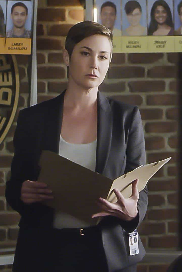 ÒAnnihilatorÓ Ð The FBIÕs Assistant Director of National Security, Linda Barnes (Kim Rhodes), joins the BAU as they investigate a quadruple homicide of a group of roommates in St. Louis, on CRIMINAL MINDS, Wednesday, March 7 (10:00-11:00 PM, ET/PT) on the CBS Television Network.    Pictured: Kim Rhodes (Assistant Director Linda Barnes)   Photo: Best Screen Grab Available ©2018 CBS Broadcasting, Inc. All Rights Reserved