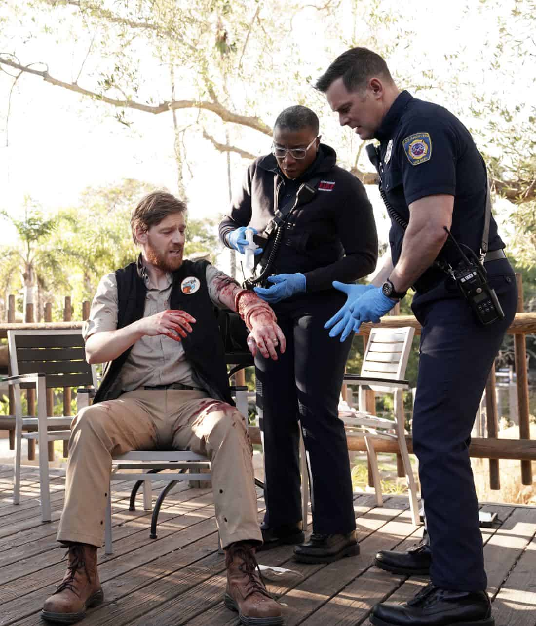 "9-1-1: L-R: Guest star Brian Maillard, Aisha Hinds and Peter Krause in the ""Karma's A Bitch"" episode of 9-1-1 airing Wednesday, March 7 (9:00-10:00 PM ET/PT) on FOX. CR: Michael Becker / FOX. © 2018 FOX Broadcasting."