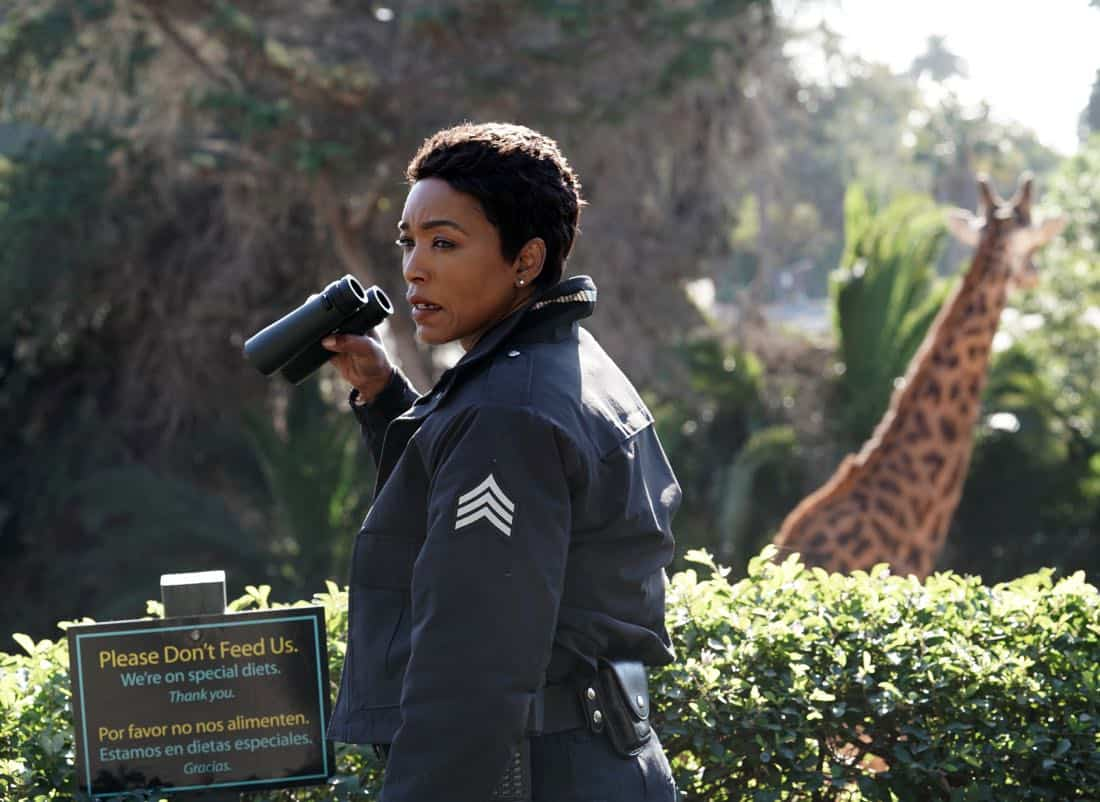 "9-1-1: Angela Bassett in the ""Karma's A Bitch"" episode of 9-1-1 airing Wednesday, March 7 (9:00-10:00 PM ET/PT) on FOX. CR: Michael Becker / FOX. © 2018 FOX Broadcasting."