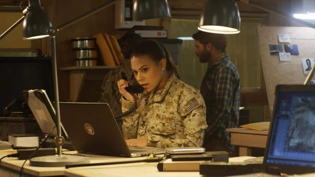 """""""No Man's Land"""" -  Jason and the SEAL Team close in on avenging the deaths of Echo Team when they find the money that funded their murder on a nearby poppy farm that was previously used to make heroin. Also, Jason meets an intriguing woman on the base, on SEAL TEAM, Wednesday, March 7 (9:01-10:00 PM, ET/PT) on the CBS Television Network. Pictured: Toni Trucks as Lisa Davis. Photo: Screengrab/CBS ©2018 CBS Broadcasting, Inc. All Rights Reserved"""