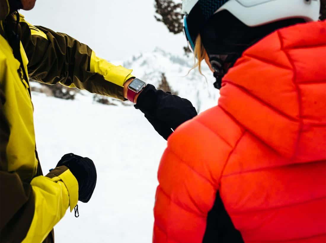 Apple Watch showing ski app 02282018