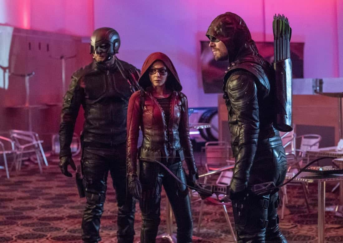 "Arrow -- ""Doppelganger"" -- Image Number: ARR615a_0013.jpg -- Pictured (L-R): David Ramsey as John Diggle/Spartan, Willa Holland as Thea Queen/Speedy and Stephen Amell as Oliver Queen/Green Arrow -- Photo: Jack Rowand/The CW -- © 2018 The CW Network, LLC. All rights reserved."