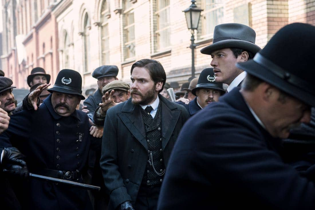 The Alienist Episode 7 Season 1 Many Sainted Men 07