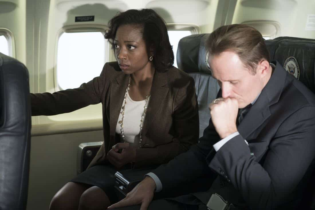 "SCANDAL - ""Air Force Two"" - When Cyrus and David embark on a trip to Lisbon for the digital piracy summit, their plane is hacked, leaving their friends and colleagues on the ground little time to save them, on ""Scandal,"" airing THURSDAY, MARCH 8 (9:00-10:00 p.m. EST), on The ABC Television Network. (ABC/Eric McCandless) COURTNEY COMER"