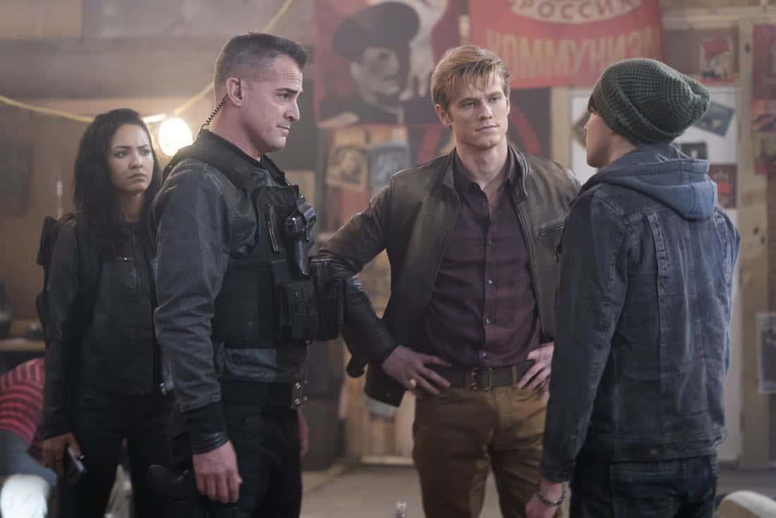 MacGyver Episode 17 Season 2 Bear Trap Mob Boss 7