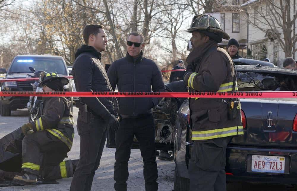 "CHICAGO FIRE -- ""Hiding Not Seeking"" Episode 613 -- Pictured: (l-r) Jesse Lee Soffer as Jay Halstead, Jason Beghe as Hank Voight, Eamonn Walker as Wallace Boden -- (Photo by: Elizabeth Morris/NBC)"