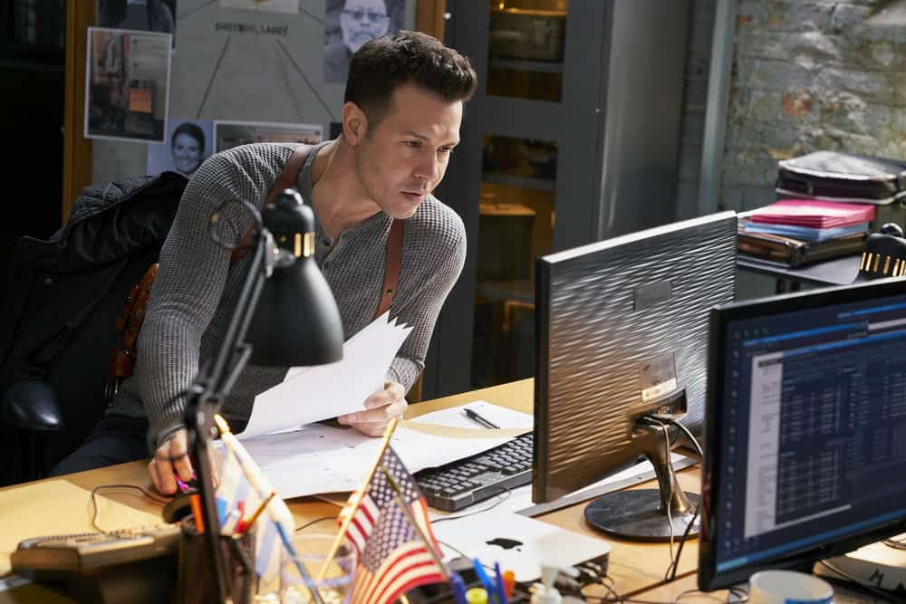 "CHICAGO P.D. -- ""Profiles"" Episode 516 -- Pictured: Jon Seda as Antonio Dawson -- (Photo by: Parrish Lewis/NBC)"
