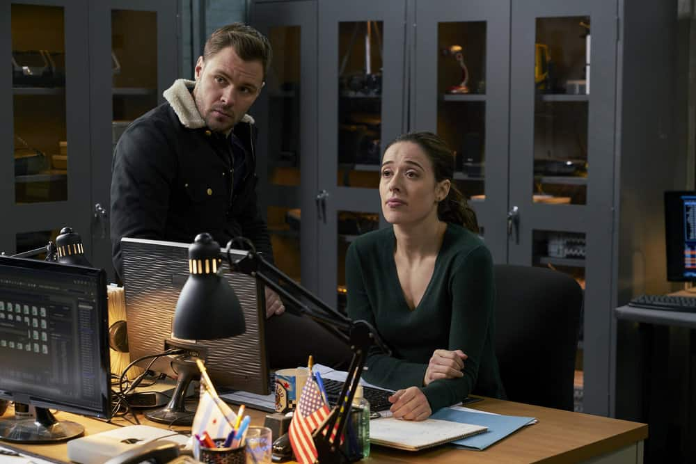 "CHICAGO P.D. -- ""Profiles"" Episode 516 -- Pictured: (l-r) Patrick John Flueger as Adam Ruzek, Marina Squerciati as Kim Burgess -- (Photo by: Parrish Lewis/NBC)"