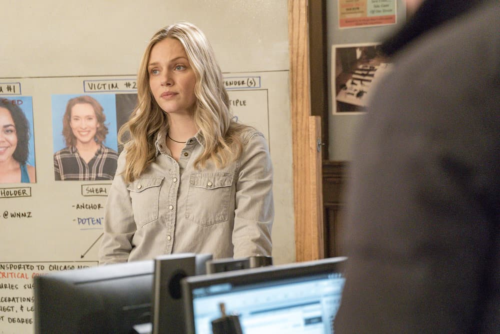 "CHICAGO P.D. -- ""Profiles"" Episode 516 -- Pictured: Tracy Spiridakos as Hailey Upton -- (Photo by: Matt Dinerstein/NBC)"