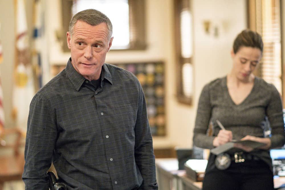 "CHICAGO P.D. -- ""Profiles"" Episode 516 -- Pictured: Jason Beghe as Hank Voight -- (Photo by: Matt Dinerstein/NBC)"