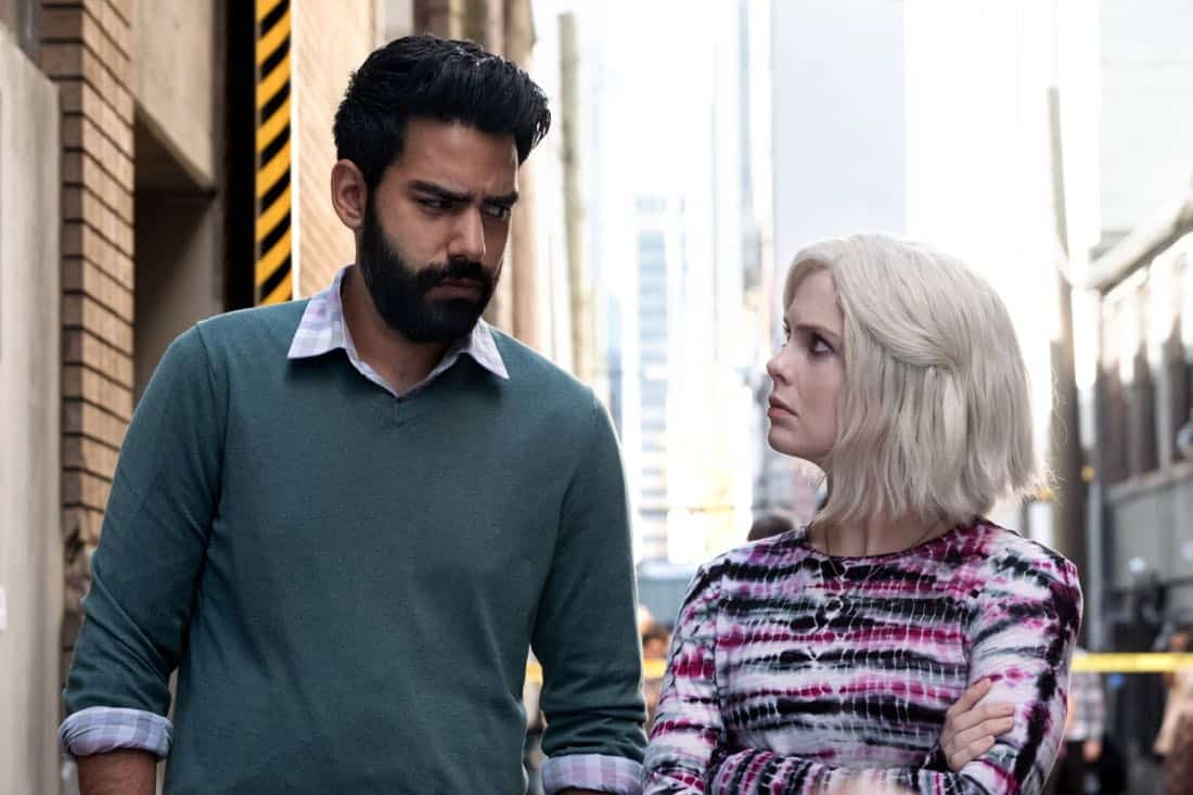 "iZombie -- ""Brainless in Seattle, Part 1"" -- Image Number: ZMB403a_0161.jpg -- Pictured (L-R): Rahul Kohli as Ravi and Rose McIver as Liv -- Photo: Katie Yu/The CW -- © 2018 The CW Network, LLC. All Rights Reserved."