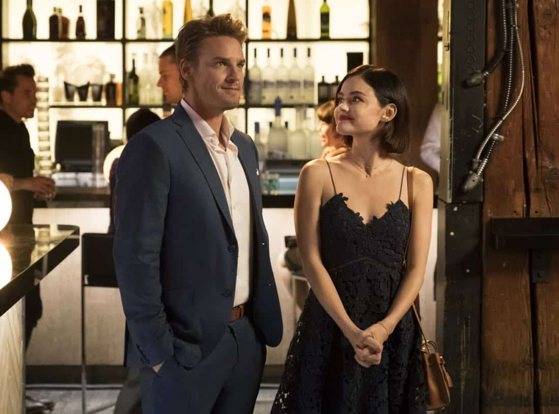 """Life Sentence -- """"Clinical Trial and Error"""" -- Image Number: LFS104a_0458.jpg -- Pictured (L-R): Riley Smith as Dr. Will Grant and Lucy Hale as Stella -- Photo: Michael Courtney/The CW -- © 2017 The CW Network, LLC. All rights reserved."""