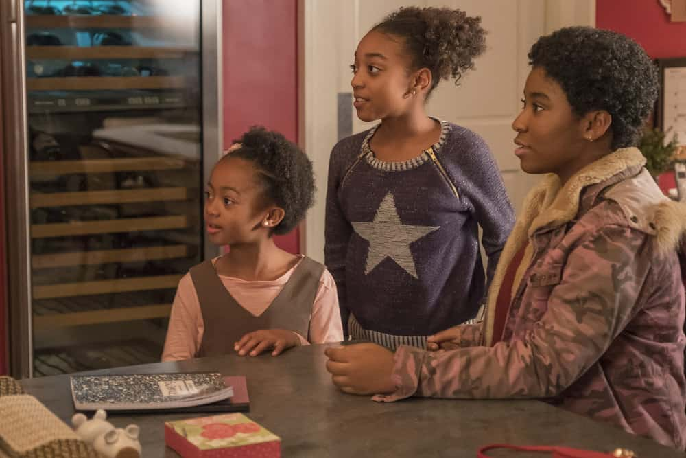 """THIS IS US -- """"This Big, Amazing, Beautiful Life"""" Episode 217 -- Pictured: (l-r) Faithe Herman as Annie, Eris Baker as Tess, Lyric Ross as Déjà -- (Photo by: Ron Batzdorff/NBC)"""