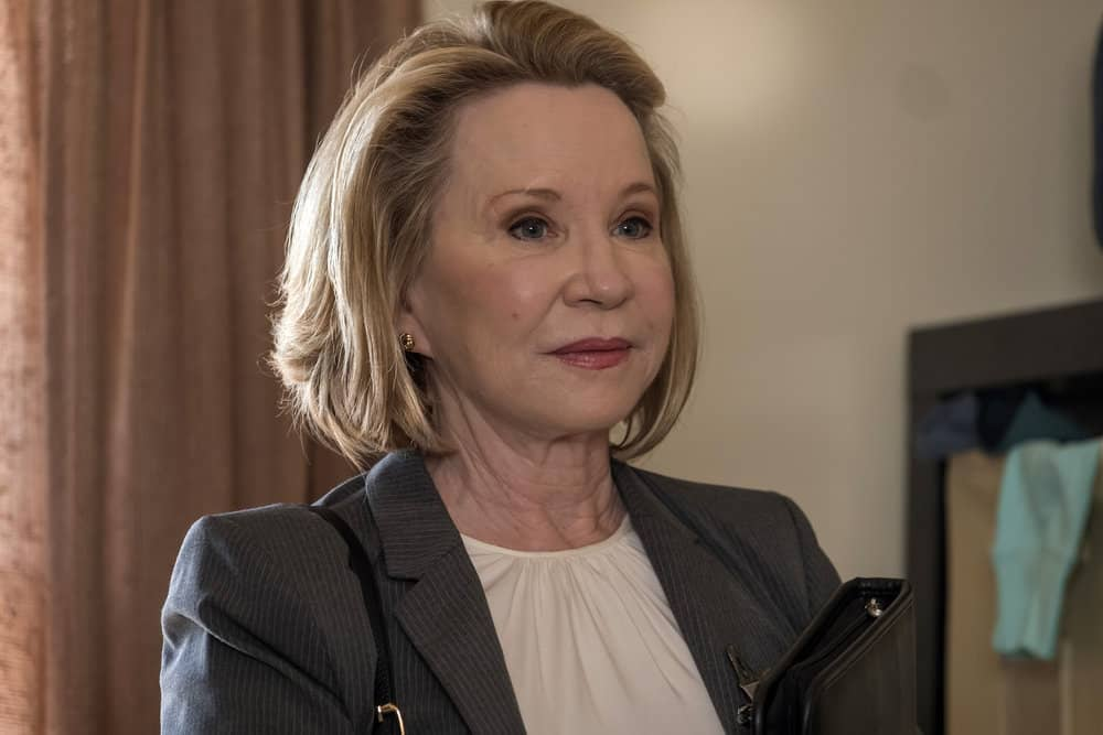 """THIS IS US -- """"This Big, Amazing, Beautiful Life"""" Episode 217 -- Pictured: Debra Jo Rupp as Linda -- (Photo by: Ron Batzdorff/NBC)"""