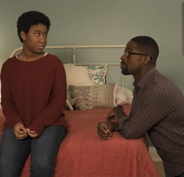 """THIS IS US -- """"This Big, Amazing, Beautiful Life"""" Episode 217 -- Pictured: (l-r) Lyric Ross as Déjà, Sterling K. Brown as Randall -- (Photo by: Ron Batzdorff/NBC)"""