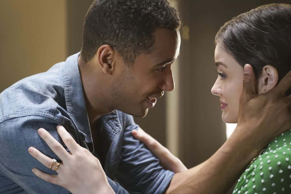 "Life Sentence -- ""Pilot"" -- Image Number: LFS101e_0542.jpg -- Pictured (L-R): Elliot Knight as Wes and Lucy Hale as Stella -- Photo: Annette Brown/The CW -- © 2017 The CW Network, LLC. All rights reserved."