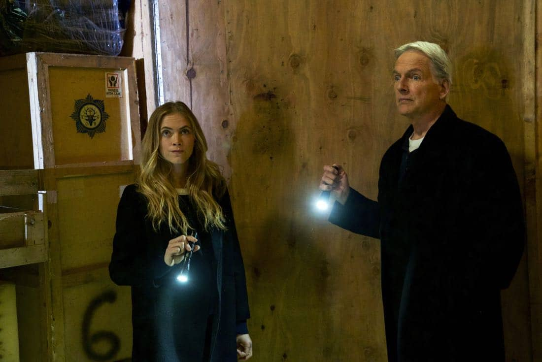 ÒOne ManÕs TrashÓ Ð Gibbs and Ducky see an antique war stick on television that could be the missing murder weapon to a 16-year-old cold case, on NCIS, Tuesday, March 13 (8:00-9:00 PM, ET/PT) on the CBS Television Network. Mike Wolfe of ÒAmerican PickersÓ guest stars as himself. Pictured: Mark Harmon, Emily Wickersham. Photo: Monty Brinton/CBS ©2018 CBS Broadcasting, Inc. All Rights Reserved