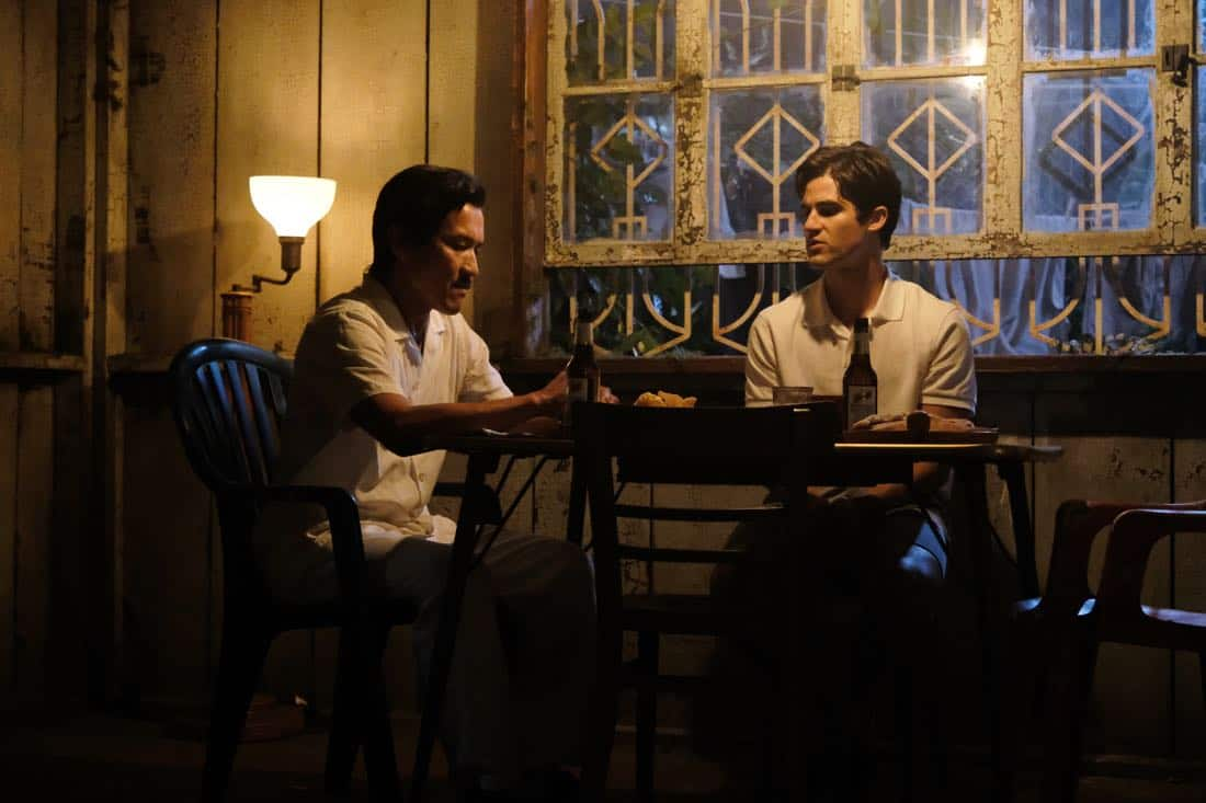 "THE ASSASSINATION OF GIANNI VERSACE: AMERICAN CRIME STORY ""Creator/Destroyer"" Episode 8 (Airs Wednesday, March 14, 10:00 p.m. e/p) -- Pictured: (l-r) Jon Jon Briones as Modesto Cunanan, Darren Criss as Andrew Cunanan. CR: Ray Mickshaw/FX"